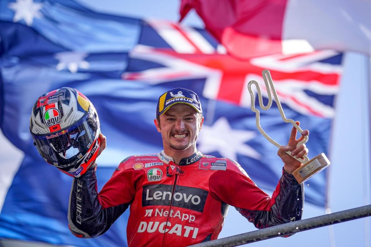 Back-to-back: Miller wins wild flag-to-flag French GP | MotoGP™