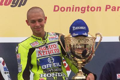 GRATIS: BritishGP 2000 - Rossis erster 500cc-Sieg