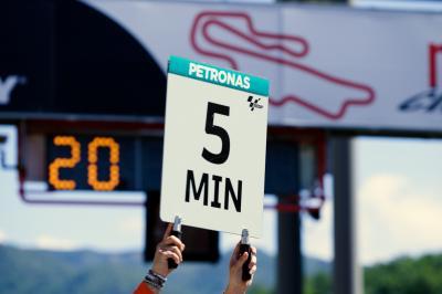 MotoGP™ Rules & Regs: Race starts