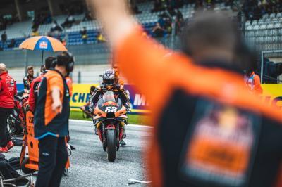 Warum musste Oliveira das Rennen vorzeitig beenden?