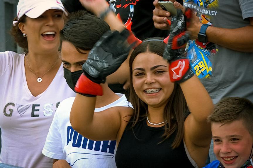 Quartararo's gloves