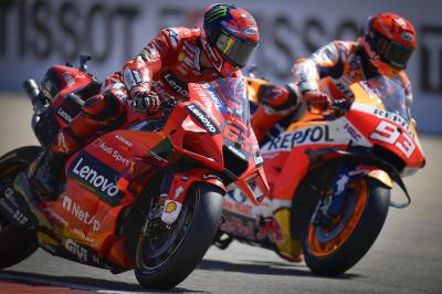 The stunning late battle between Marquez and Bagnaia in full
