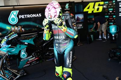 Pretty in pink: Rossi explains the design behind new helmet