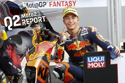 Scintillating Fernandez romps home for pole position