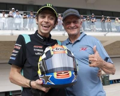 From Legend to Legend @kschwantz34 wanted to celebrate @valeyellow46's last